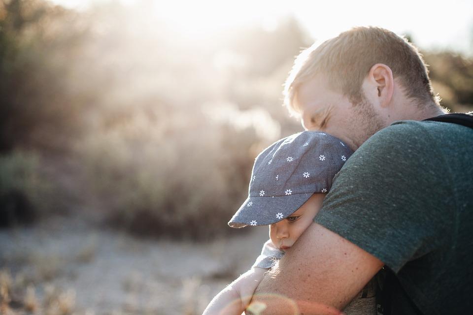 Az édesapa kora komoly befolyásoló tényező a genetikai betegségek kialakulásánál!